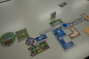 ノイシュヴァンシュタイン城。 8/8に日本語版が出たばかりのhotなゲーム。次回シャッフルで遊べます。
